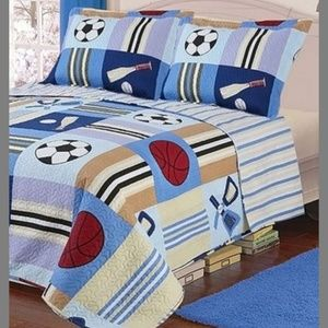Twin Quilt With Matching Sham